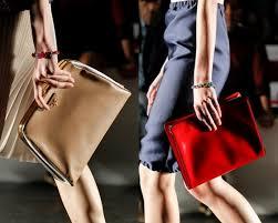 Kadınlar ve Çantaları