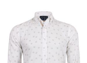 Gömlek En Çok Erkeklere Yakışıyor