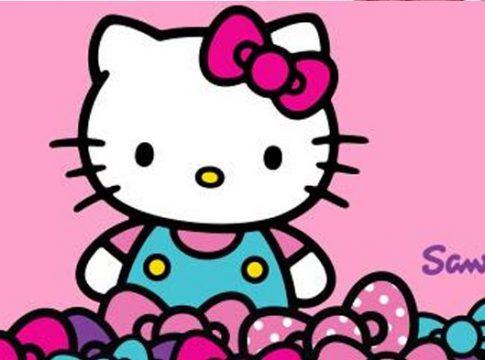Hello Kitty Oyuncakları ve Macera Dolu Anlar